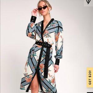 Lulus kimono robe